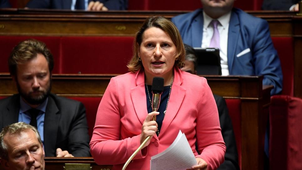 Valérie Rabault, la chef de file des députés socialistes, lors d'une séance des questions au gouvernement, le 24 juillet 2018, à l'Assemblée nationale à Paris