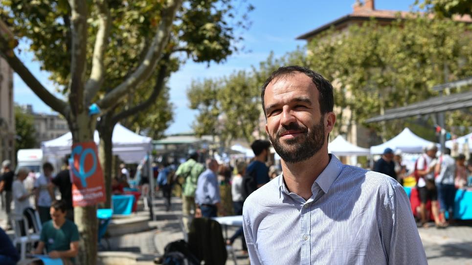 Manuel Bompard, élu député européen le 26 mai 2019, participe le 24 mai 2017 à l'université d'été de La France insoumise à Marseille, dans le sud-est de la France