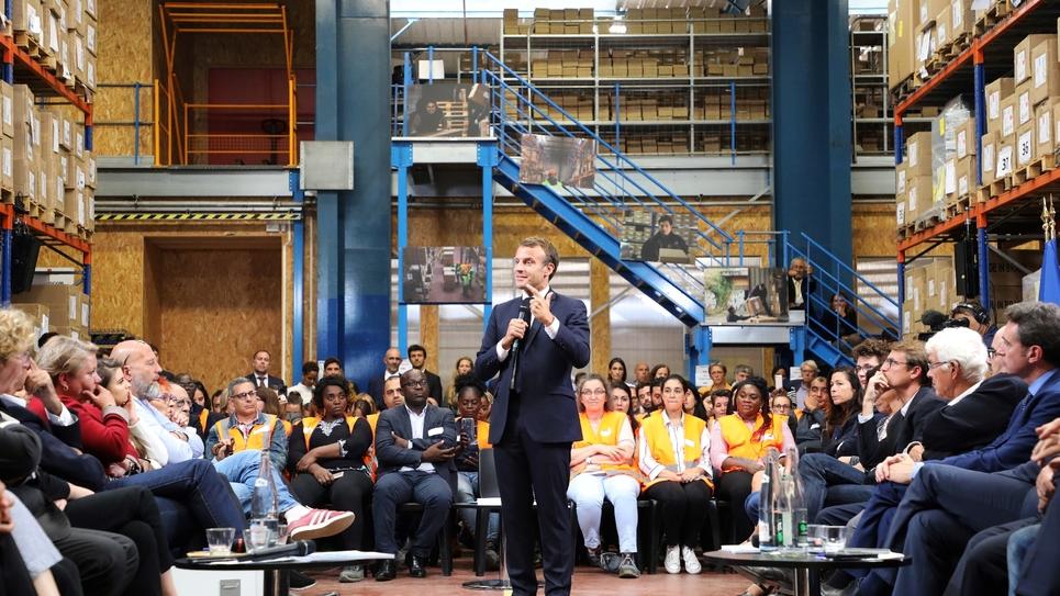 Le président Emmanuel macron le 10 septembre 2019 à Bonneuil-sur-Marne (banlieue parisienne)