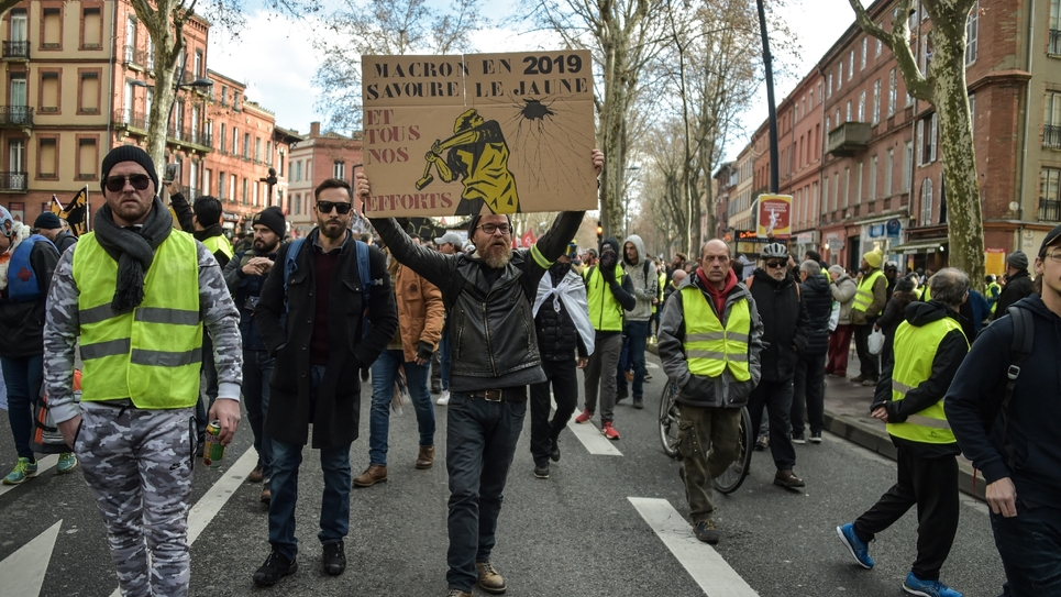 """Manifestation de """"gilets jaunes"""" à Toulouse, théâtre de la plus importante mobilisation de ce 19 janvier 2019 en France"""
