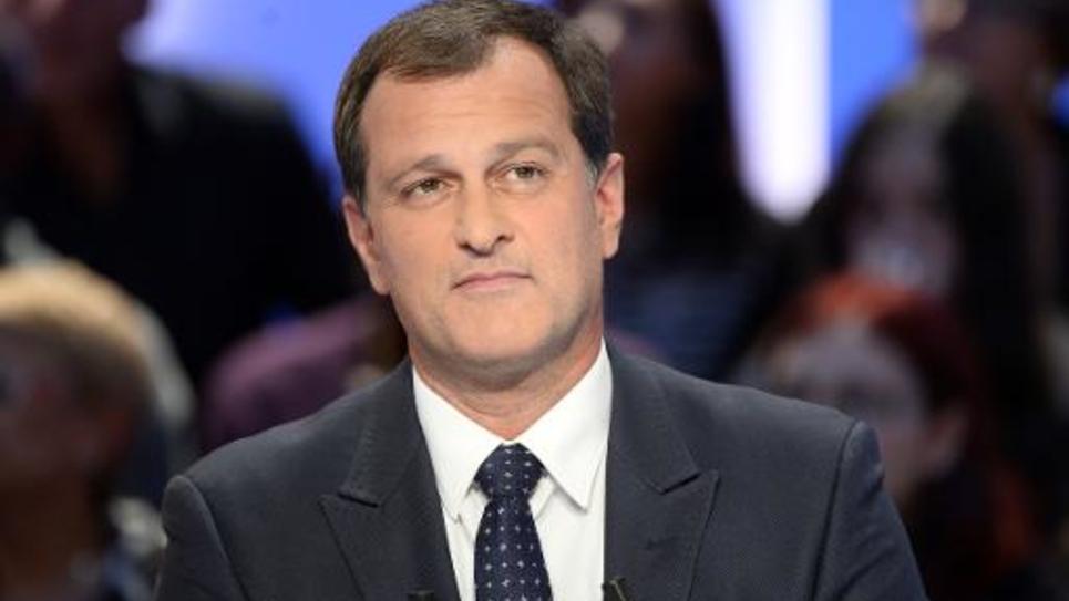 """Le vice-président du Front national, Louis Aliot, sur le plateau du """"Grand Journal"""", le 4 novembre 2014"""