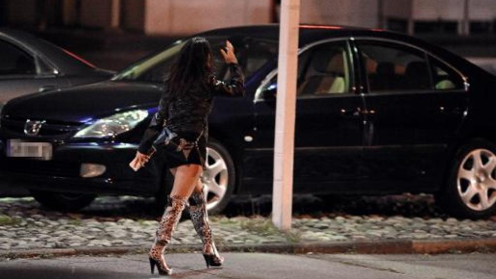 Une prostituée dans une rue de Toulouse, en 2013