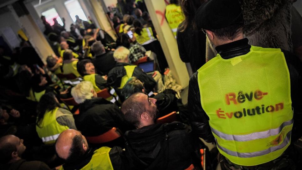 """Des """"gilets jaunes"""" délégués participent à l'""""Assemblée des assemblées"""" le 5 avril 2019 à Saint-Nazaire (Loire-Atlantique)"""