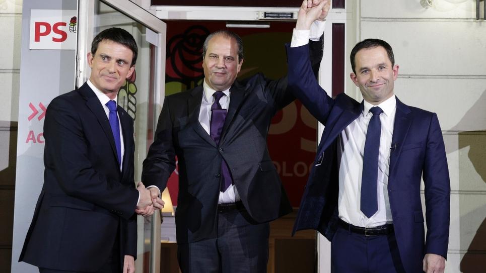 (GàD) Manuel Valls, Jean-Christophe Cambadélis et Benoît Hamon, le 29 janvier 2017 au siège du PS à Paris