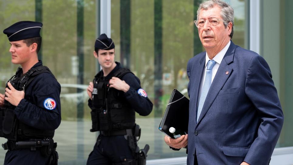 Patrick Balkany arrive au tribuinal à Paris, le 22 mai 2019