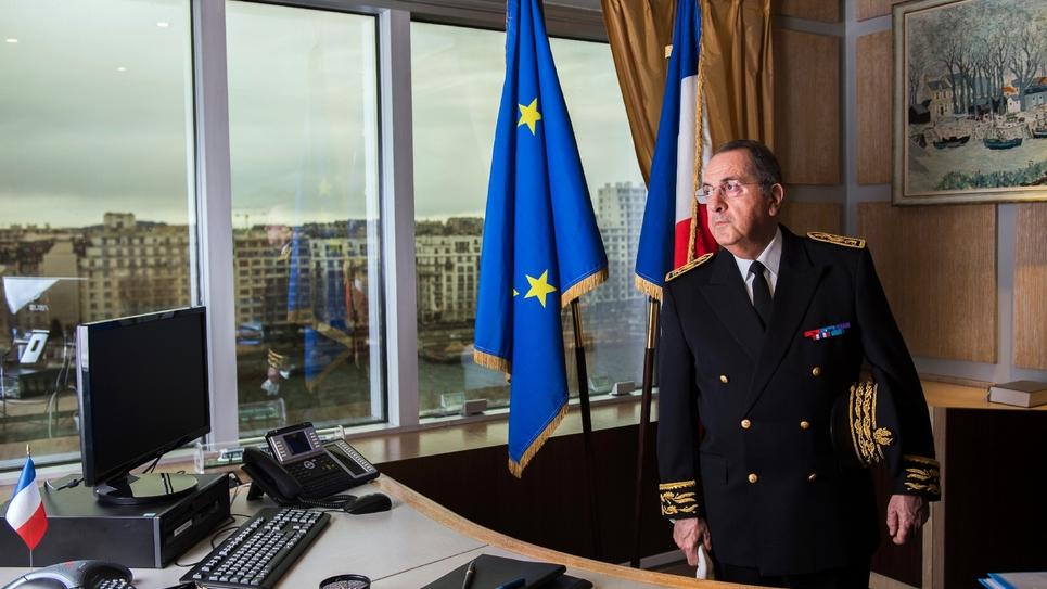 Michel Delpuech, préfet de police de Paris, le 27 février 2017 dans son bureau à la préfecture