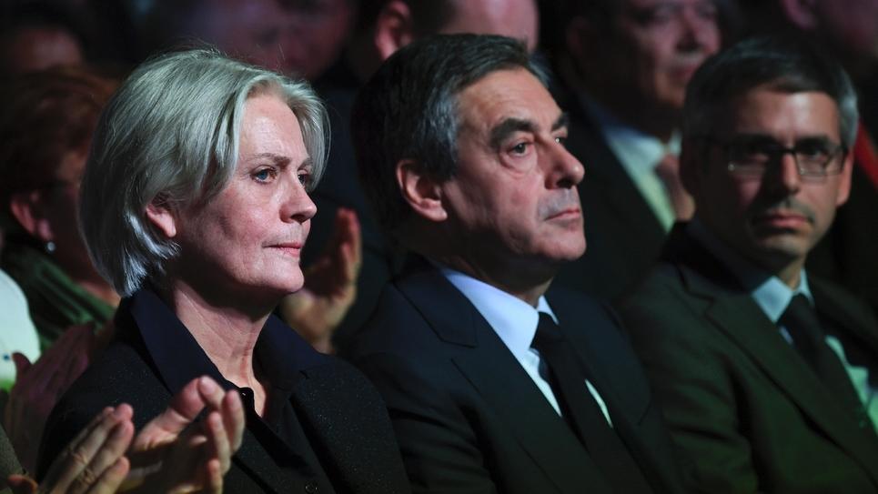 Penelope et François Fillon lors d'un meeting Porte de Versailles à Paris, le 9 avril 2017