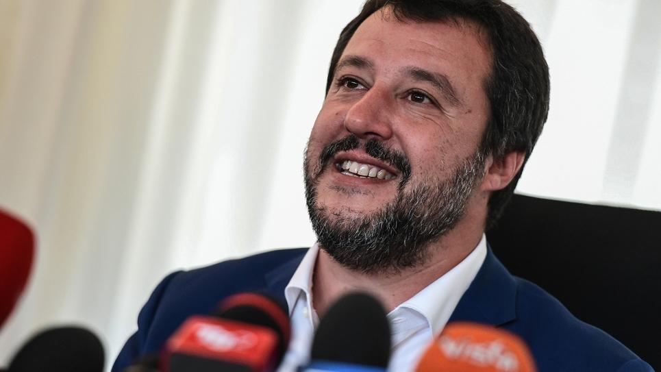Matteo Salvini, leader de l'extrême droite italienne, vice-Premier ministre et ministre de l'Intérieur, lors d'une conférence de presse, le 7 mai 2019 à Milan