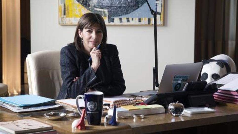La maire PS de Paris, Anne Hidalgo, le 4 mars 2015 à son bureau