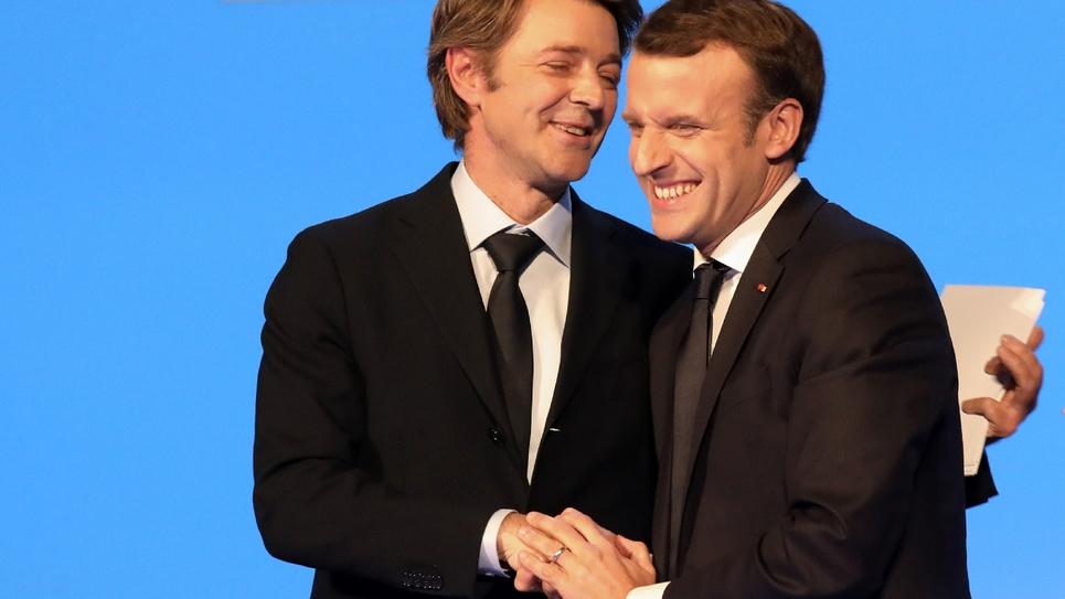 Le maire de Troyes et président de l'association des Maires de France (AMF) François Baroin, et le président de la République Emmanuel Macron, au 100e congrès des Maires de France, le 23 novembre 2017, à Paris