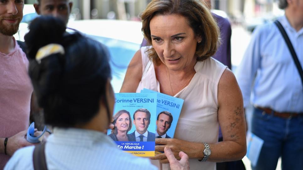 Corinne Versini lors de la campagne des législatives à Marseille, le 12 juin 2017.