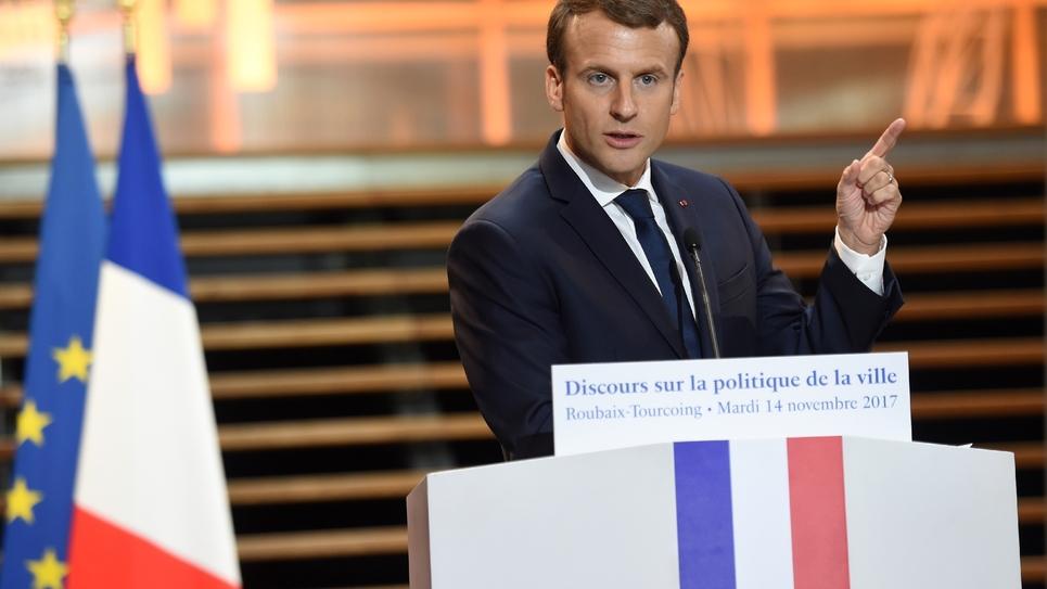 Emmanuel Macron fait un discours pendant sa visite à Tourcoing le 14 novembre 2017
