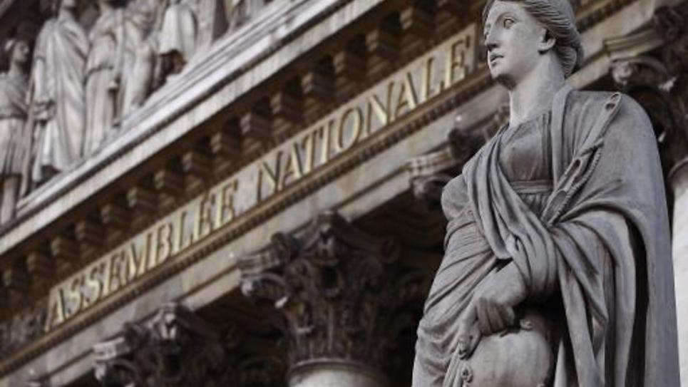 L'Assemblée nationale confirme une hausse de la contribution additionnelle, à la charge des employeurs, sur les retraites chapeaux excédant 300.000 euros annuels