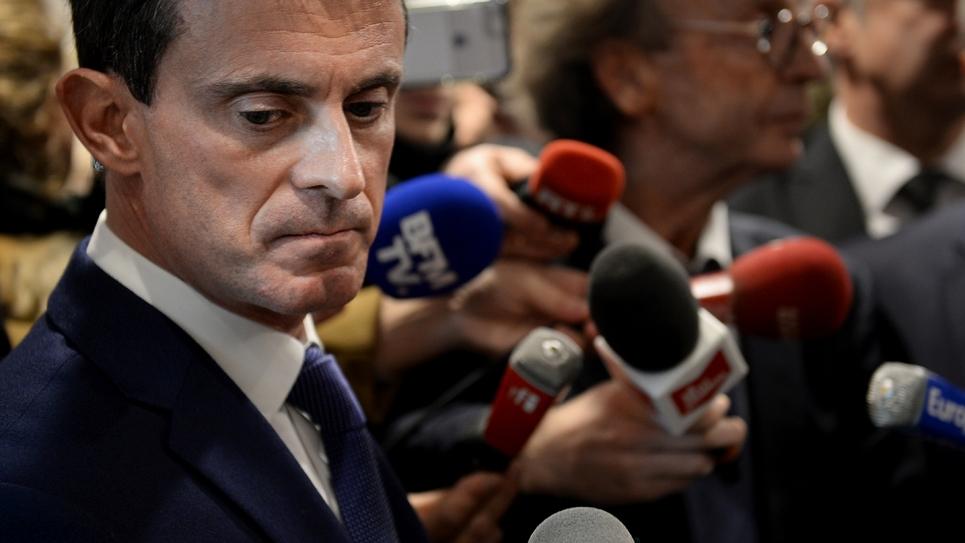 Manuel Valls en visite aux Fruitières de Lomont le 7 décembre 2016 à Noirefontaine