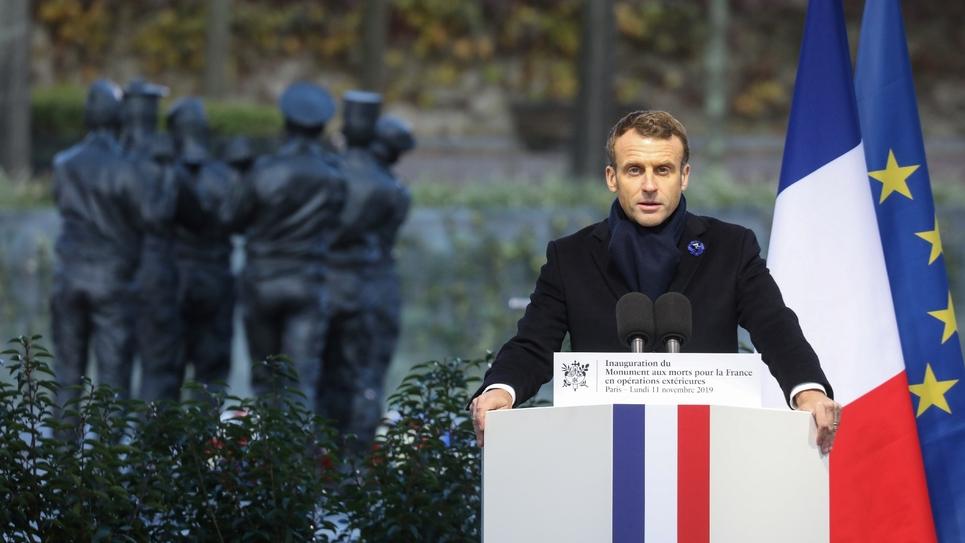 Le président Emmanuel Macron prononce un discours devant le Monument aux morts pour la France en opérations extérieures (OPEX), le 11 novembre 2019 à Paris