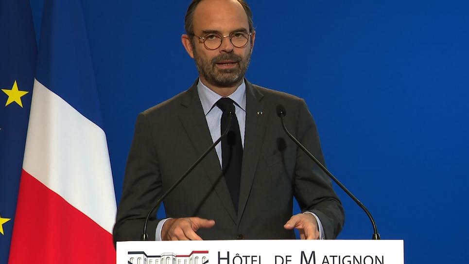 Capture d'écran de l'AFPTV montrant le Premier ministre Edouard Philippe à Paris le 4 décembre 2018