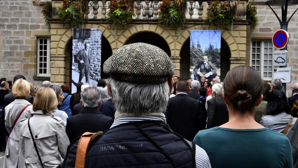 Hommage à Jacques Chirac le 30 septembre 2019 devant l'Hôtel de ville de Brive-la-Gaillarde