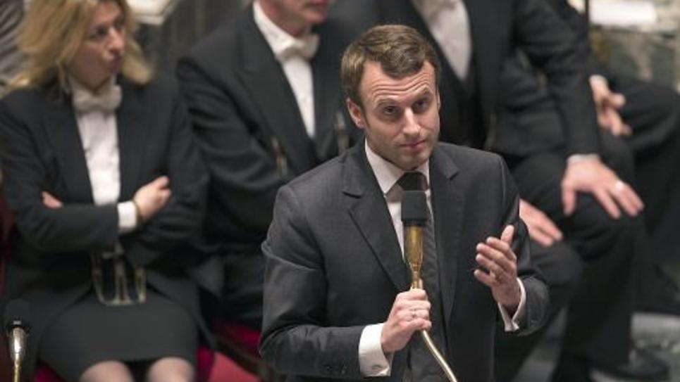 Le ministre de l'Economie Emmanuel Macron, le 18 novembre 2014 lors des questions à l'Assemblée à Paris