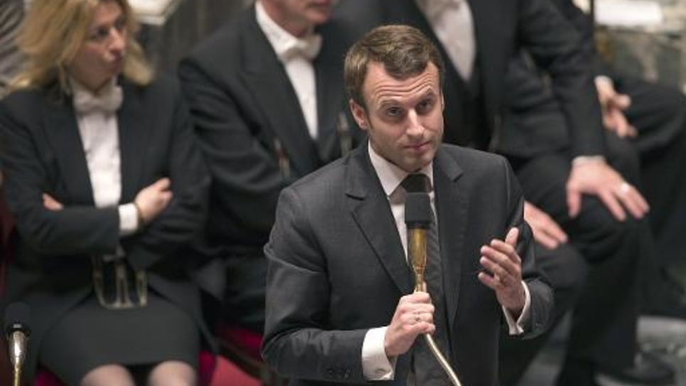 Le ministre de l'Economie Emmanuel Macron s'exprime le 18 novembre 2014 à l'Assemblée nationale à Paris