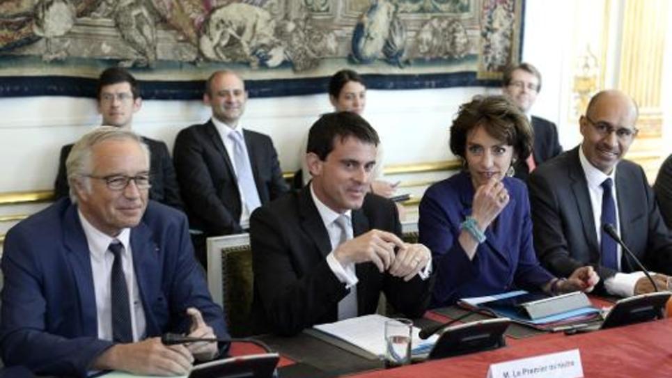 Le premier ministre Manuel Valls lors d'une réunion avec les partenaires sociaux à Matignon, le 16 juin 2014