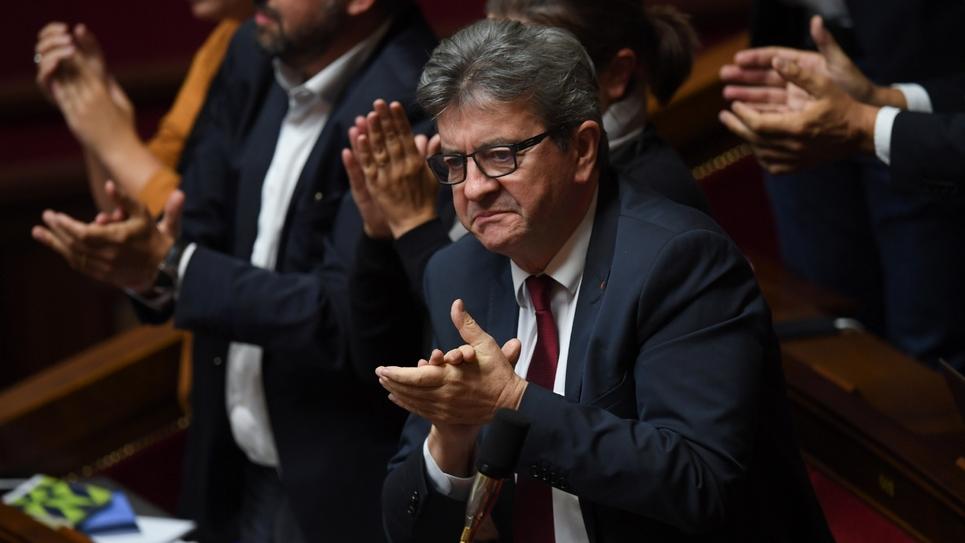 Le leader de la France insoumise (LFI), Jean-Luc Mélenchon, pendant une séance de questions au gouvernement, le 2 octobre 2018 à Paris