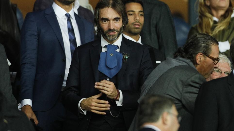 Cédric Villani, candidat au fauteuil de maire de Paris, assistant le 18 septembre 2019 à Paris au match de football opposant le Paris Saint-Germain au Real Madrid