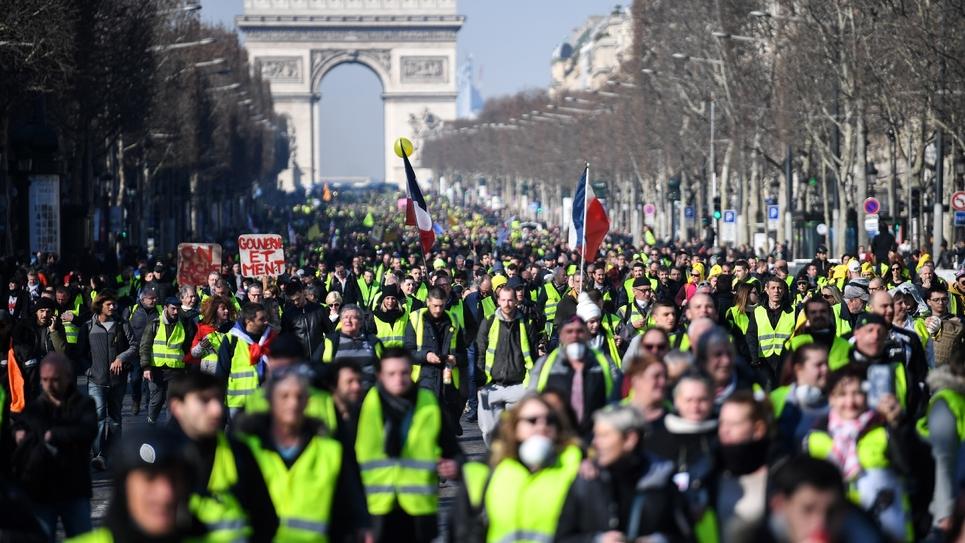 """Manifestation de """"gilets jaunes"""" sur les Champs Elysées, le 16 février 2019, à Paris"""