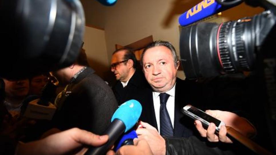 Jean-Noel Guerini quittant le tribunal de Marseille le 8 décembre 2014