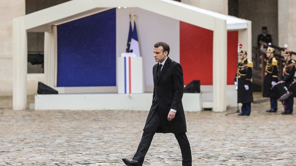 Emmanuel Macron aux Invalides lors de l'hommage au colonel Arnaud Beltrame mercredi 28 mars 2018