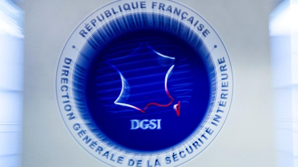 Le logo de la Direction générale de la sécurité intérieure (DGSI), photographié au siège de la DGSI à Levallois-Perret, à l'ouest de Paris, le 13 juillet 2018.