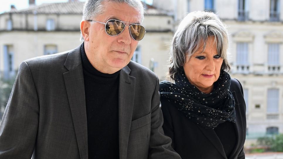 Roger Navarro, ex-PS désormais député La République en marche! (LREM), et son épouse Dominique, le 6 mars 2018 au palais de Justice de Montpellier