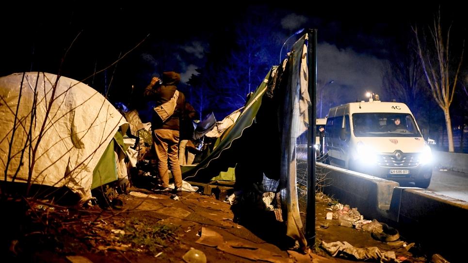 Evacuation des migrants de la Porte d'Aubervilliers, le 28 janvier 2020