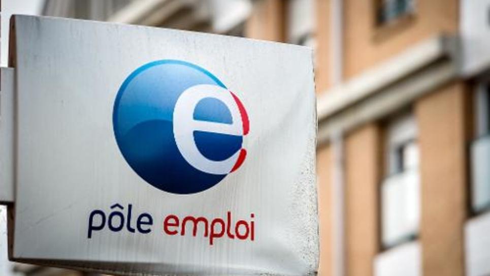 """Le Premier ministre Manuel Valls a reconnu n'avoir pas réussi à """"changer la donne"""" sur le chômage"""