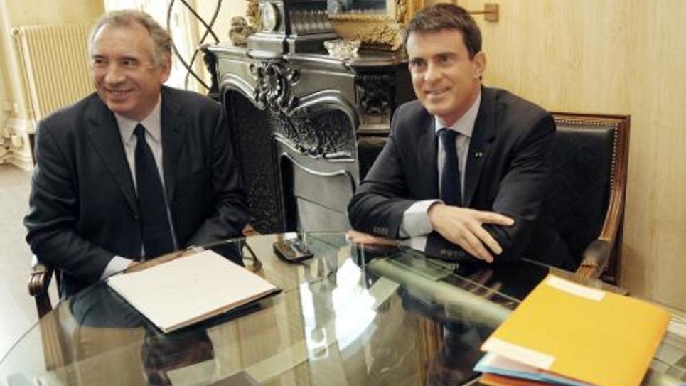 Le président du MoDem François Bayrou en compagnie du Premier ministre Manuel Valls à Pau le 6 novembre 2014