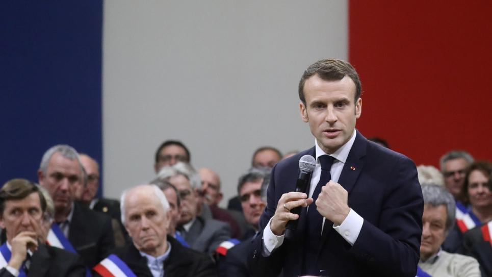 Le président Emmanuel Macron s'exprime devant quelque 600 maires d'Occitanie, le 18 janvier 2019 à Souillac