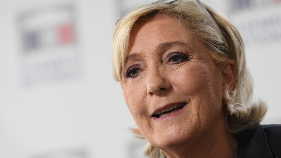 La présidente du Front national Marine Le Pen lors d'une conférence de presse le 23 mai 2018 à l'Assemblée nationale à Paris