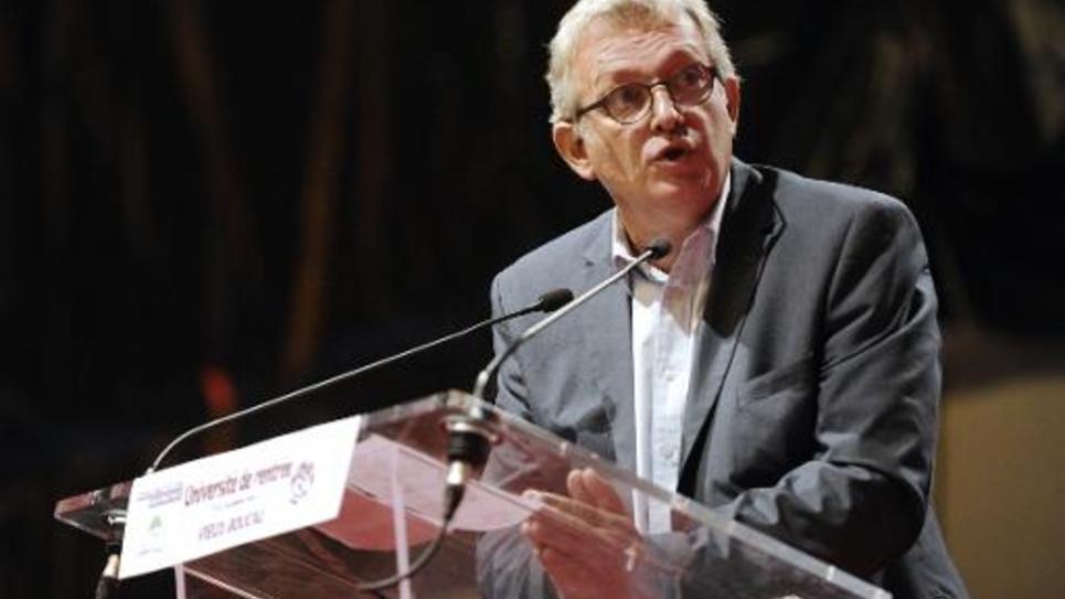 Le secrétaire national du PCF Pierre Rolland lors d'un discours au Vieux-Boucau le 5 octobre 2014