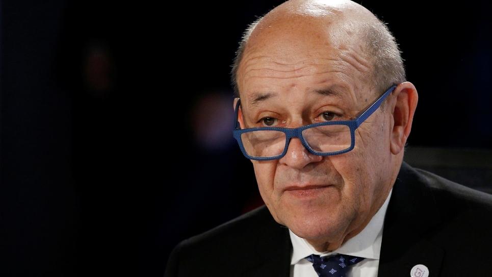 Le ministre français des Affaires étrangères Jean-Yves Le Drian à l'issue d'une réunion des ministres des Affaires étrangères du G7 à Dinard (nord-ouest de la France), le 6 avril 2019