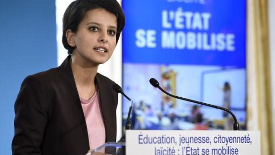 La minisstre de l'Education Najat Vallaud-Belkacem donne une conférence de presse à Matignon le 22 janvier 2015