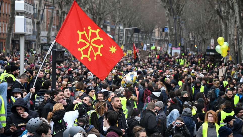"""Des milliers de """"gilets jaunes"""" manifestent à Toulouse, le 26 janvier 2019"""