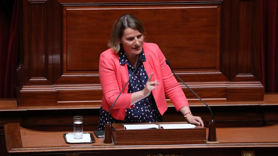 Valérie Rabault en juillet 2018 lors du déplacement du Parlement au Château de Versailles