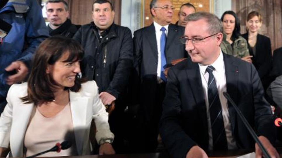 Le nouveau maire de Toulouse Jean-Luc Moudenc (UMP), et son adjointe Laurence Arribagé (UMP)le 4 avril 2014, à Toulouse