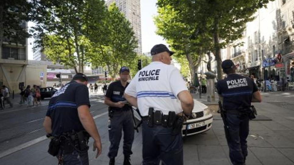 Des policiers municipaux dans le quartier de Belsunce, le 15 juin 2011 à Marseille