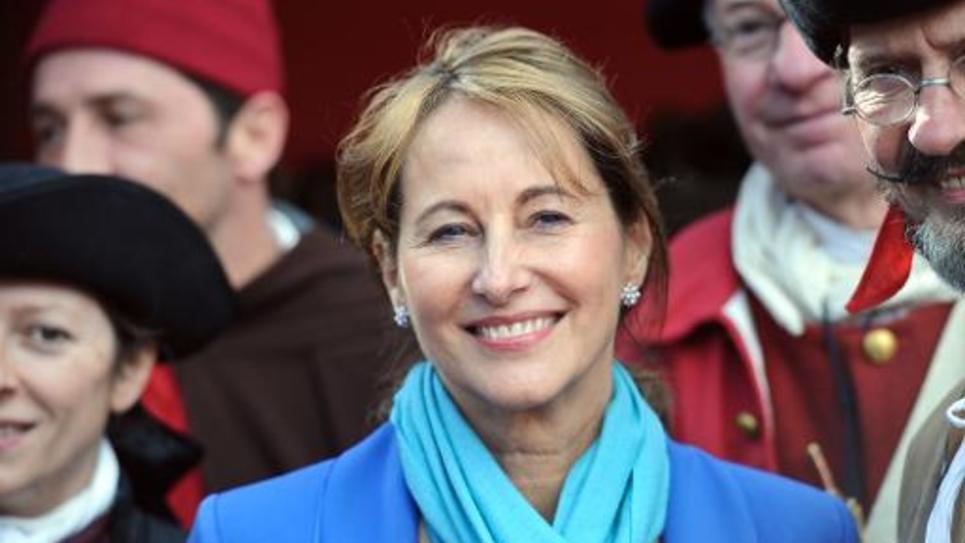 La ministre de l'Ecologie Ségolène Royal le 13 mars à La Rochelle, dans l'ouest de la France
