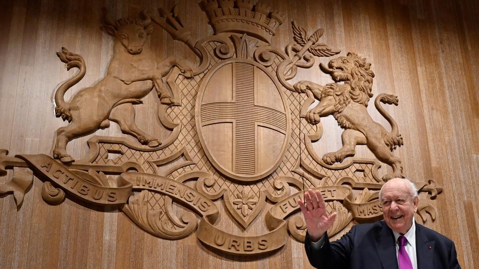 Jean-Claude Gaudin arrive le 27 janvier 2020 pour son dernier conseil municipal à Marseille
