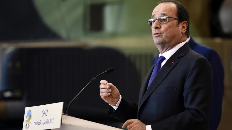 François Hollande le 13 janvier 2017 à Gao au Mali