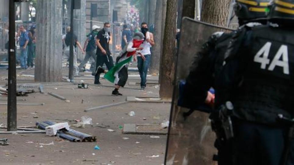 Heurts entre manifestants et  policiers lors du rassemblement pro-palestinien le 19 juillet 2014 à Paris