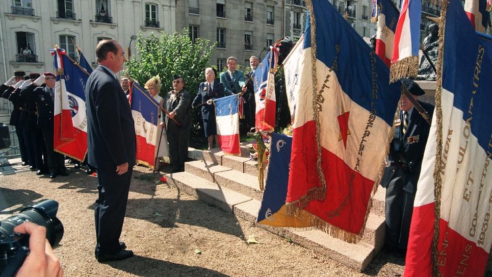 Photo prise le 16 juillet 1995 du président de la République Jacques Chirac lors des cérémonies commémoratives de la rafle du Vel d'Hiv le 16 juillet 1942