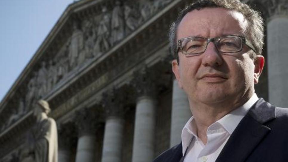 Christian Paul devant l'Assemblée nationale le 21 avril 2015 à Paris