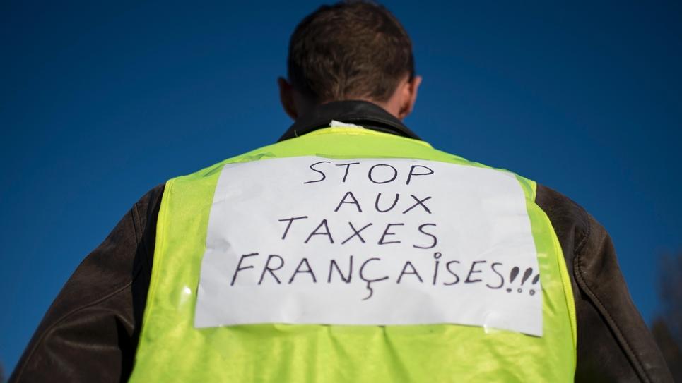 """Un manifestant """"gilet jaune"""", le 18 novembre 2018 à Saint-Herblain, près de Nantes"""